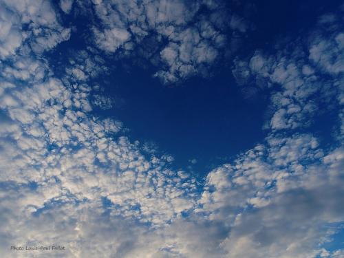 Un coeur dans le ciel_Photo LP Fallot.jpg